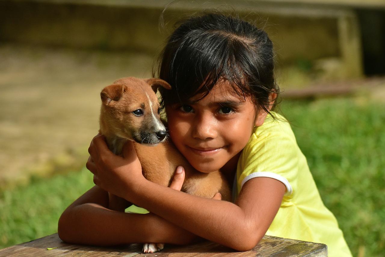 Dziecko i pies – czy to dobry pomysł?