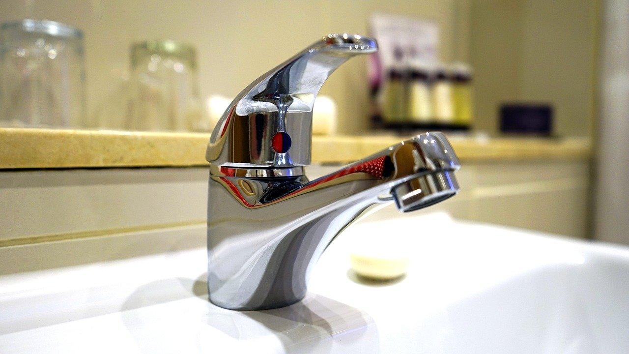 Najlepiej wyposażony sklep z akcesoriami łazienkowymi. Gdzie tanio kupić niezbędny asortyment?