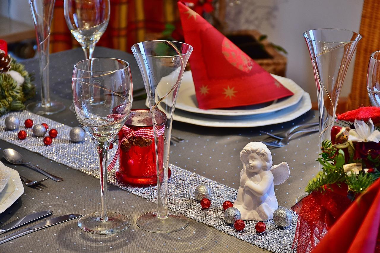 Dodatki na stół? Jakie dekoracje wybrać do kuchni?
