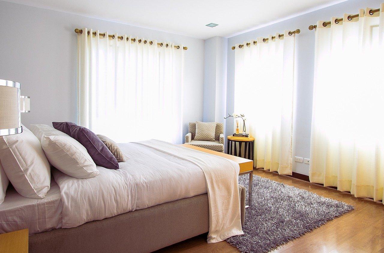 Łóżka do sypialni – wygoda i styl